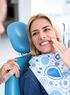 Emergency Dentist Silver Lake | Tooth Pain | Michel Dental
